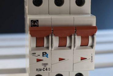 Miniature Circuit Breakers mMCCB-3 pole