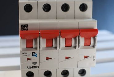 Miniature Circuit Breakers mMCCB-4 pole